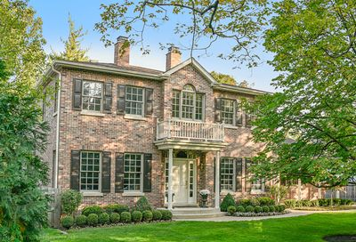 1131 Laurel Avenue Winnetka IL 60093