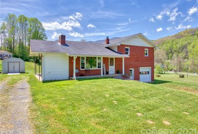 52 Pinnacle Drive Waynesville NC 28786