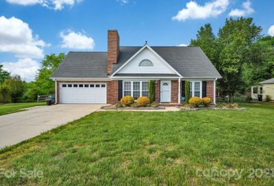 3912 NW Summerhill Court Concord NC 28027