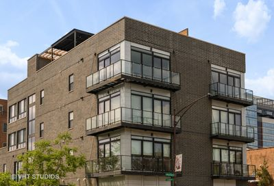 440 N Halsted Street Chicago IL 60642