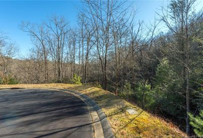N Running Deer Trail Horse Shoe NC 28742