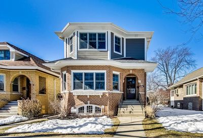 6706 N Odell Avenue Chicago IL 60631