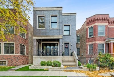 3642 N Bell Avenue Chicago IL 60618