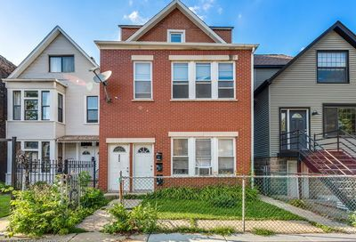 2906 W Mclean Avenue Chicago IL 60647