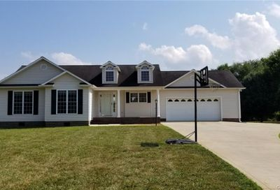 1836 Tennessee Court Lincolnton NC 28092