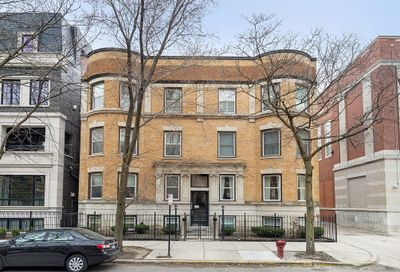 2026 N Howe Street Chicago IL 60614