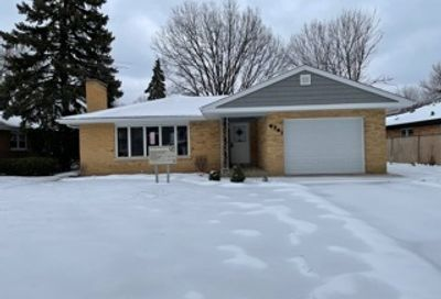 4741 Wolf Road Western Springs IL 60558