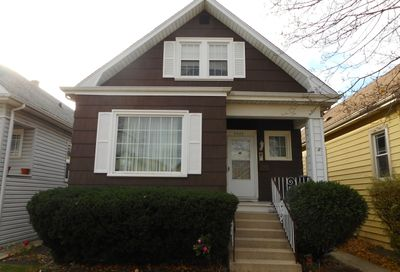 5425 W Warwick Avenue Chicago IL 60641