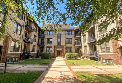 514 W Deming Place Chicago IL 60614