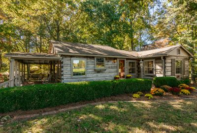 2972 Old Greenbrier Pike Greenbrier TN 37073