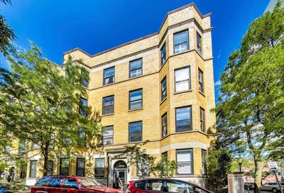 1703 N Crilly Court Chicago IL 60614