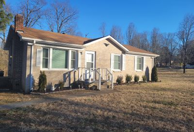 108 Short St Dickson TN 37055