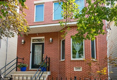 1249 N Marion Court Chicago IL 60622
