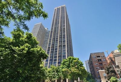 2650 N Lakeview Avenue Chicago IL 60614