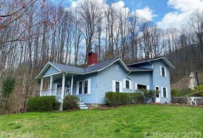 1841 Mauney Cove Road Waynesville NC 28786