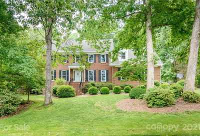 9819 Glastonbury Court Charlotte NC 28270