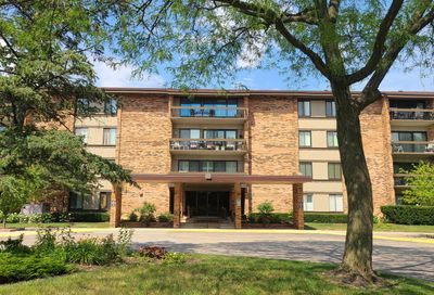 101 Lake Hinsdale Drive Willowbrook IL 60527