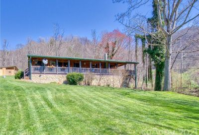 28 High Country Lane Clyde NC 28721