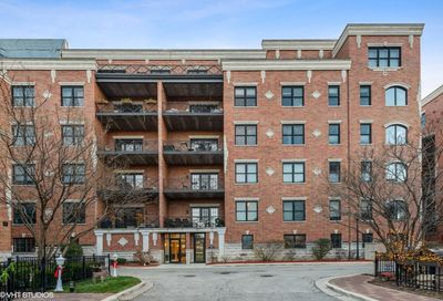 2811 N Bell Avenue Chicago IL 60618