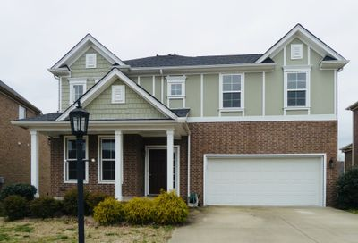 1633 Robindale Dr Hermitage TN 37076