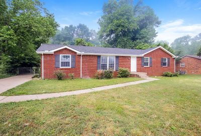 310 Chateauroux Dr Clarksville TN 37042