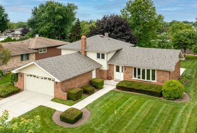15208 Royal Foxhunt Road Orland Park IL 60462