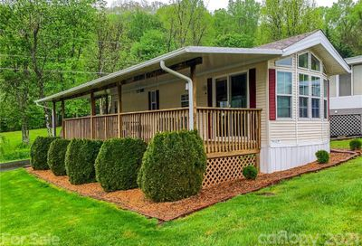25 Alaskas Lane Maggie Valley NC 28751