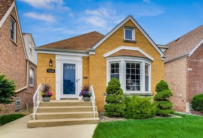 5130 N Rutherford Avenue Chicago IL 60656