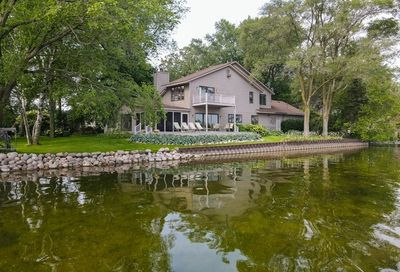 1202 Pearl Court Twin Lakes WI 53181