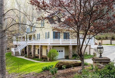 18 Woodsong Drive Asheville NC 28803
