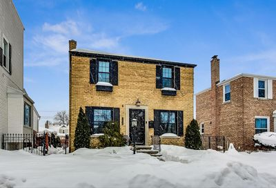 7829 W Gregory Street Chicago IL 60656