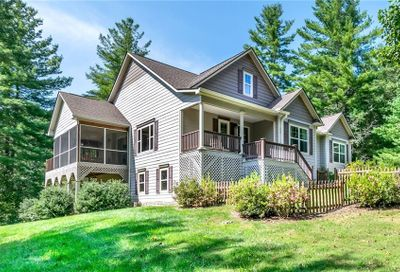 323 Daylily Drive Hendersonville NC 28739