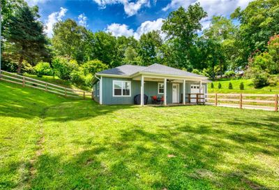 41 Huckleberry Lane Waynesville NC 28785