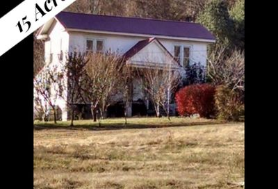 1072 Normandy Rd Normandy TN 37360