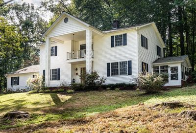 39 Ray Hill Road Horse Shoe NC 28742