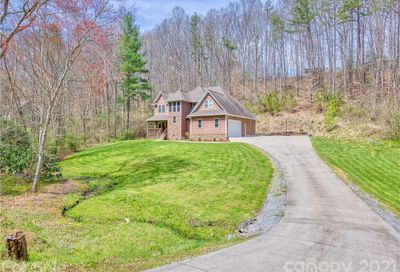 406 Redfield Drive Clyde NC 28721