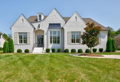 1952 Parade Dr Brentwood TN 37027