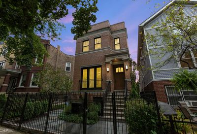 1651 N Oakley Avenue Chicago IL 60647