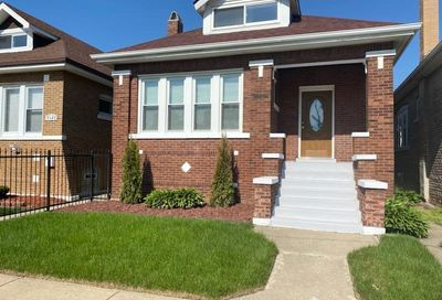 8426 S May Street Chicago IL 60620