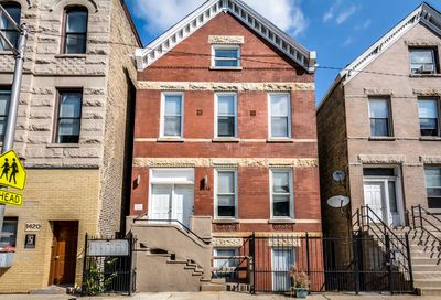 1418 W Blackhawk Street Chicago IL 60642