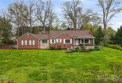 30 Somerset Place Marion NC 28752