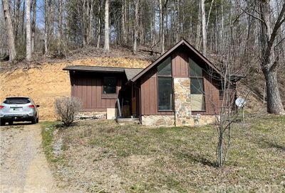 94 Picket Lane Sylva NC 28779
