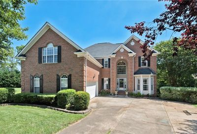 10909 Valley Spring Drive Charlotte NC 28277