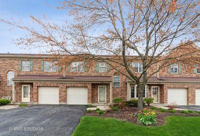 307 Cromwell Court Westmont IL 60559