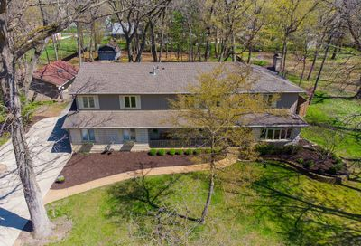 1605 Forest Drive Glenview IL 60025