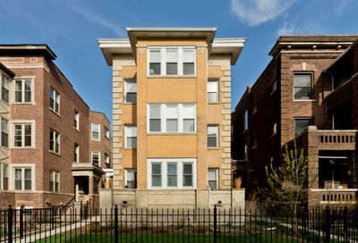 5917 N Winthrop Avenue Chicago IL 60660