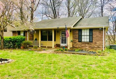 1712 Winding Way Dr White House TN 37188