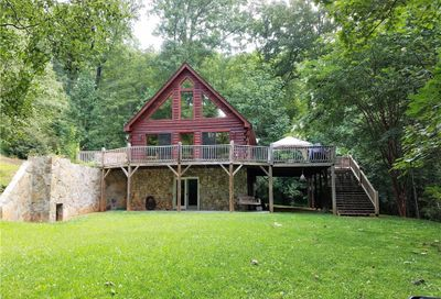 1664 Mountain Crest Drive Marion NC 28752