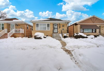 3850 W 83rd Place Chicago IL 60652