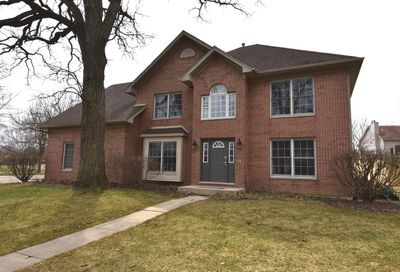 1 Winterberry Court Bolingbrook IL 60440